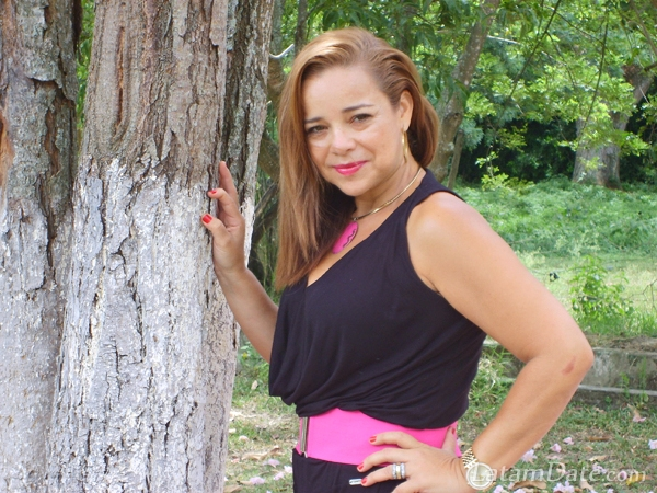 buga latin singles Meet and chat with single men and single women  buga, colombia: santo  cali, colombia: cali, colombia : latineuro introductions : latineuro is an online dating.